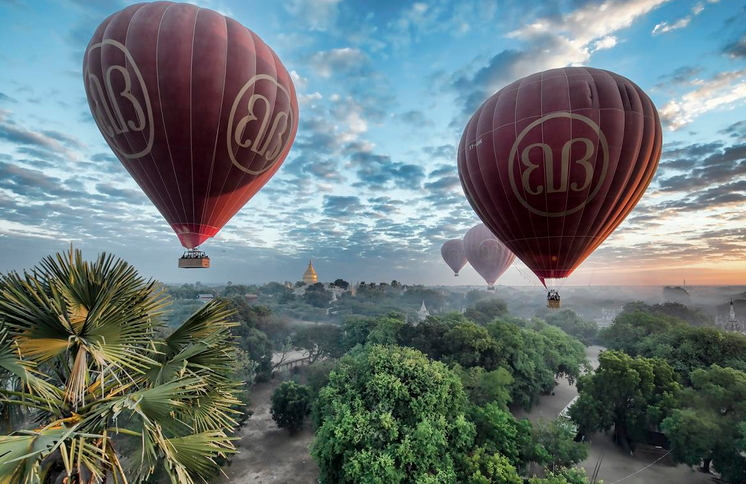 bagan ballon flying